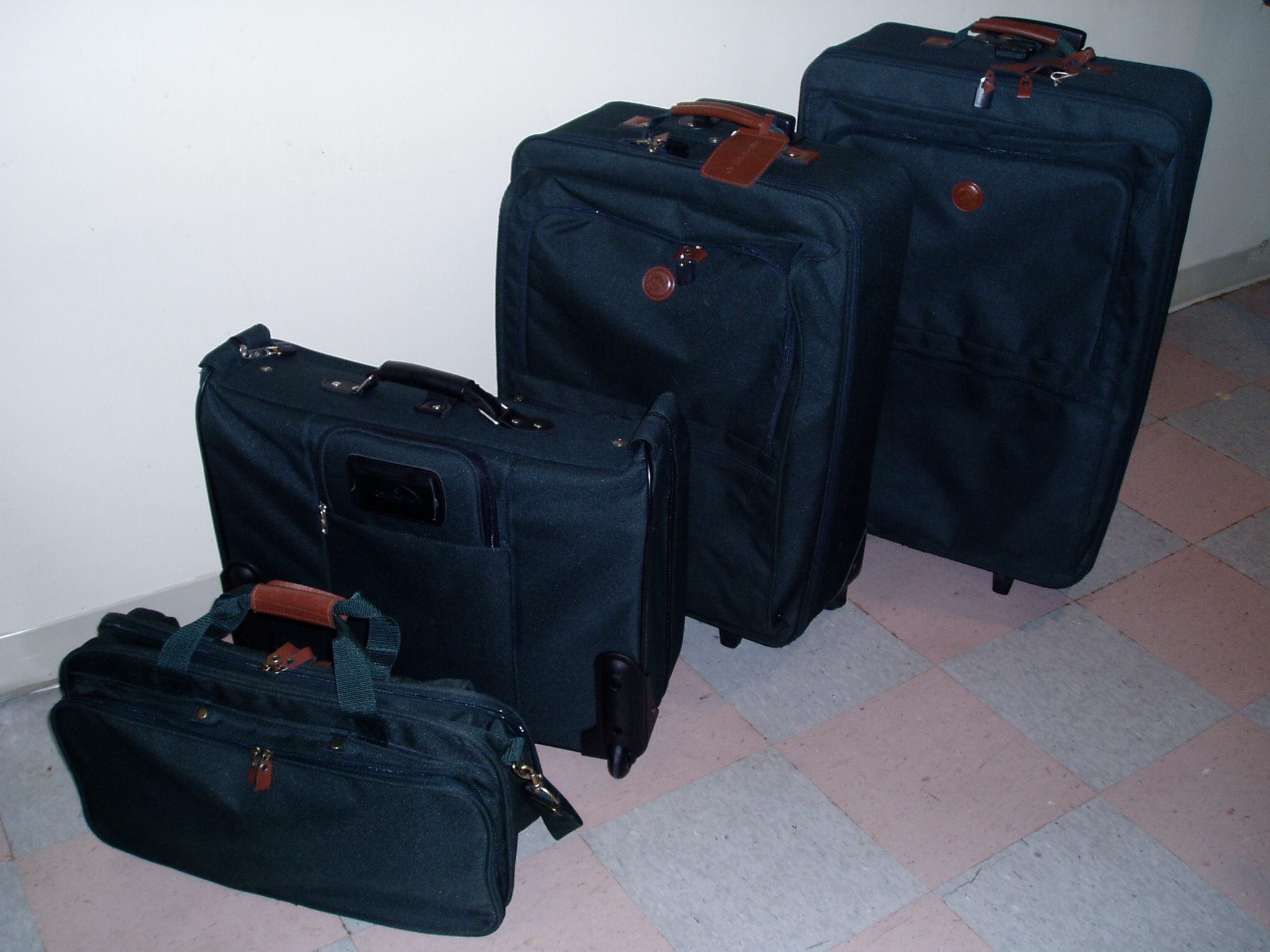 Set of Traveling Suit Cases
